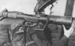 Mk1 PIAT tube roquette GB-02d